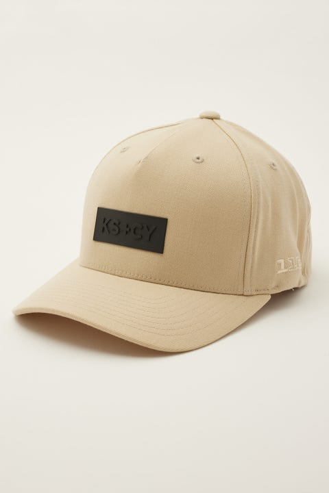 Kiss Chacey Riverside Cap Sand