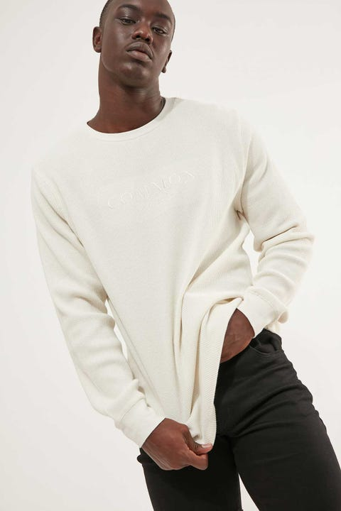 Common Need Embro Comfort Longsleeve Tee Ecru