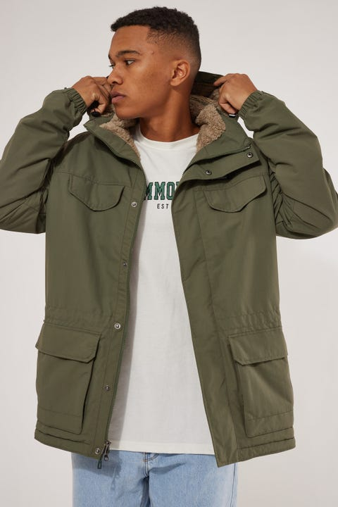 Patagonia M's Isthmus Parka Industrial Green
