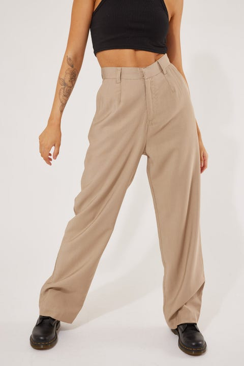 Perfect Stranger Stay With Me Pant Taupe