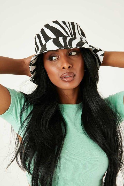 TOKEN Zebra Bucket Hat Black & White