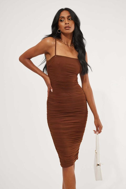 Luck & Trouble Spicy Rouched Midi Dress Chocolate