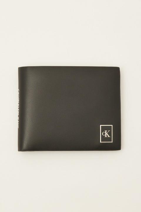 Calvin Klein Billfold Metal Badge Black