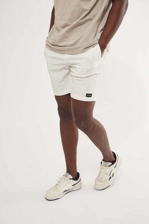 Common Need Essential Short 2.0 White