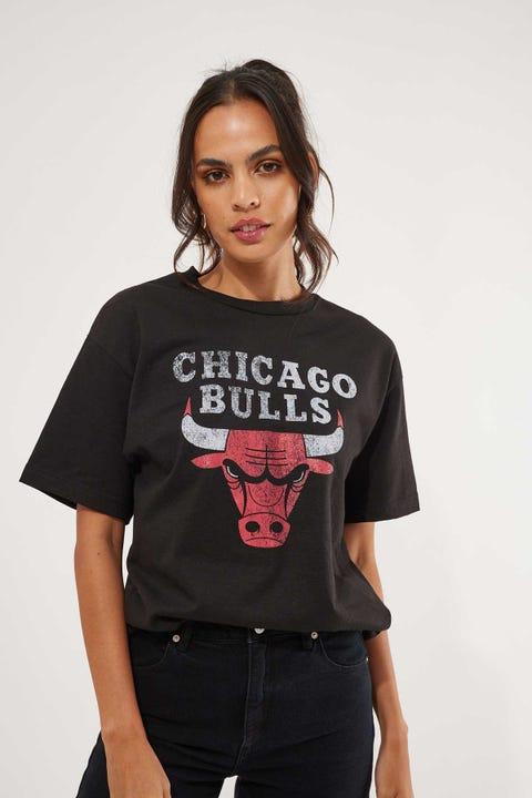 Mitchell & Ness Distressed Logo Tee Bulls Black