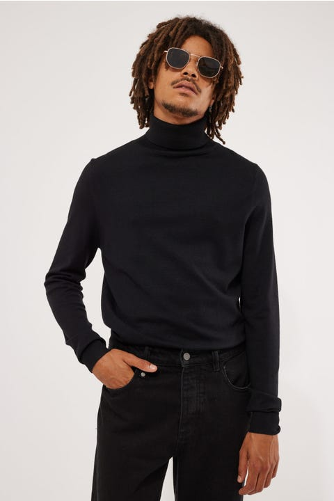 Common Need Theodore Turtleneck Black