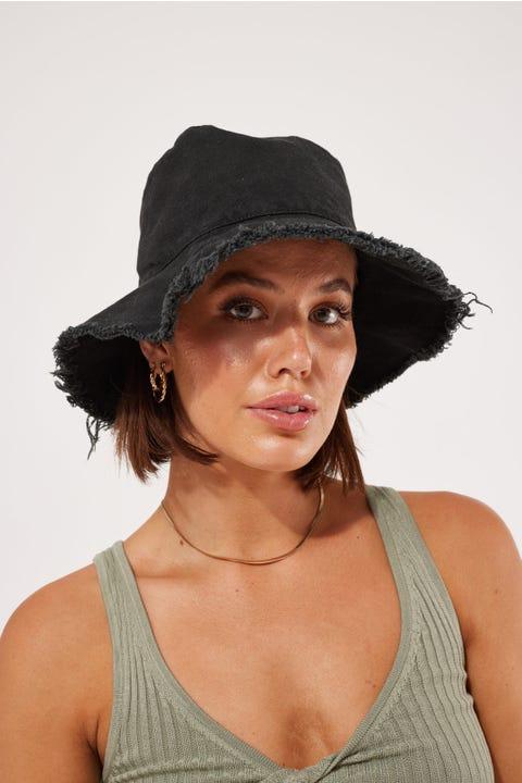 Token Frayed Edge Hat Black