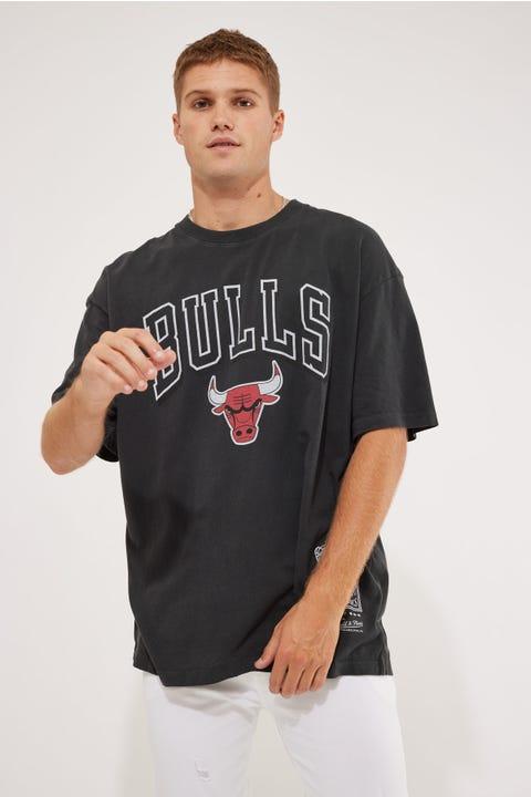 Mitchell & Ness Bulls Vintage Keyline Logo Tee Faded Black