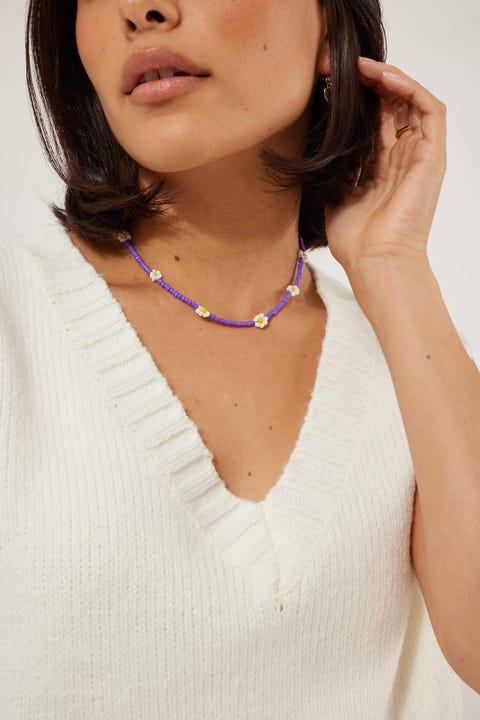 Token Beaded Daisy Necklace Lilac