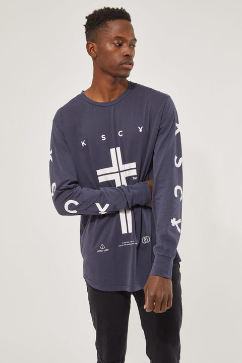 Kiss Chacey Infinity Cape Back LS Tee Pigment Navy
